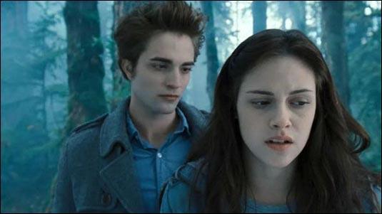 Qu'a découvert Bella à ce moment sur Edward ?