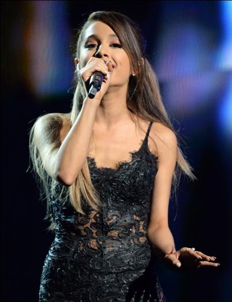 Quel est le surnom d'Ariana ?