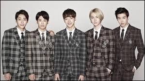 Les UNIQ, K-pop ou J-pop ?