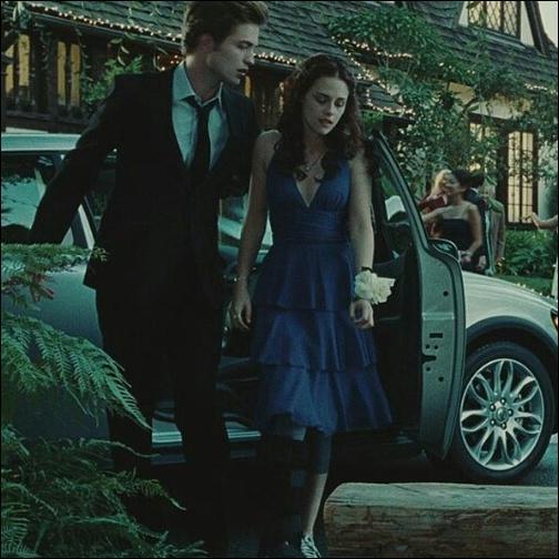 """(Fascination) Complète la réplique d'Edward avant le bal : """"Je te laisse seule dix minutes et..."""""""