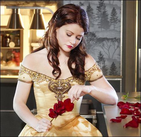 Pourquoi Belle a-t-elle accepté d'aller vivre avec le Ténébreux ?