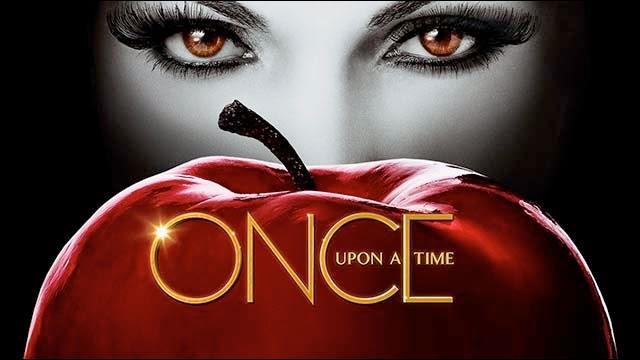 Sous quelle forme Regina a-t-elle voulu faire manger la pomme à Emma ?