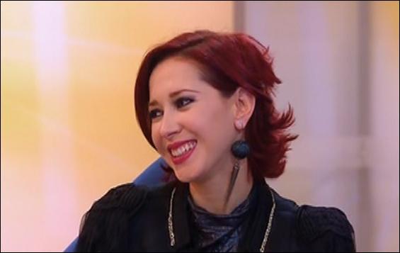 Je suis un vampire, j'ai les cheveux rouges et j'aime Mirco. Je suis...