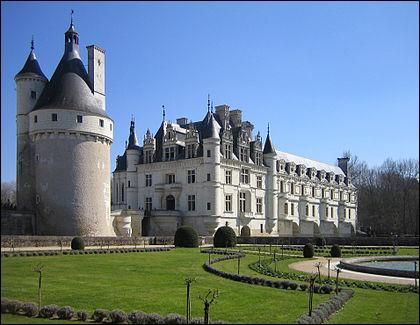 2 570 546, tarte Tatin, Chambord et Catherine de Médicis.