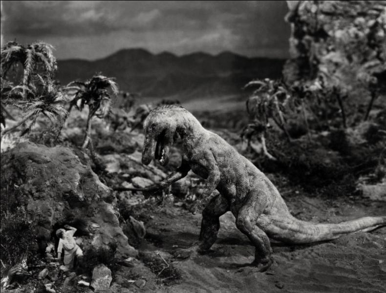 """En quelle année """"Le Monde perdu"""", le premier long métrage faisant revivre des dinosaures sur grand écran, est-il sorti ?"""