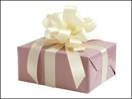 Quel est le premier cadeau qu'Harry Potter a ouvert ?