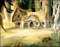 Blanche-Neige rencontre des animaux qui lui indique une maison où elle pourra loger. Cette maison est...
