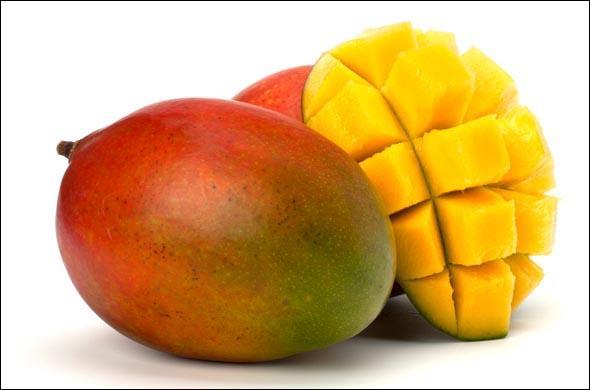 """Ajoute une de ces trois lettres au mot """"mange"""" pour connaître le nom de ce fruit exotique, puis déguste-le en découpant la pulpe en dés."""