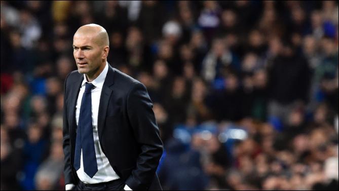 Comment s'appelle l'entraîneur du Real Madrid ?