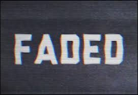 """Comment s'appelle le DJ auteur du tube """"Faded"""" ?"""