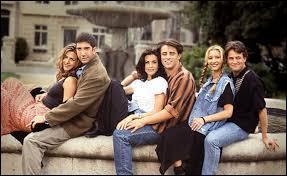 Saison 3 - Épisode 11 : Chandler a embrassé une des sœurs de Joe ; comment s'appelait-elle ?