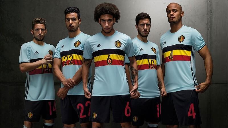 Avec combien de points la Belgique se qualifie-t-elle pour les huitièmes de finale ?