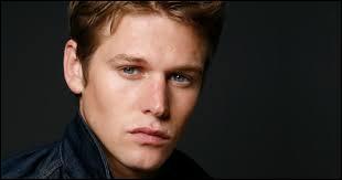 """Qui surnomme Matt : """"Matty les beaux yeux bleus"""" ?"""