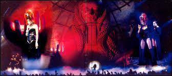 Quel était le nom de sa tournée qui a eu lieu de septembre 1999 à mars 2000 ?