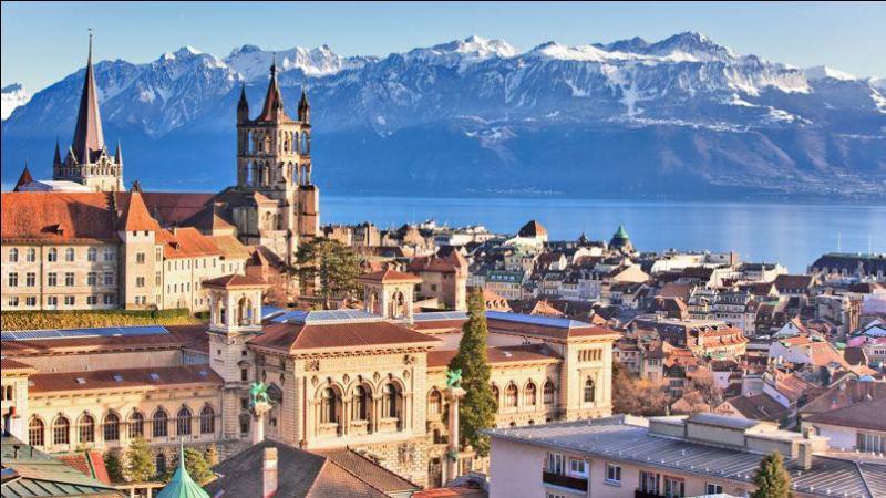 Géographie : Dans quel pays se trouve la ville de Lausanne ?