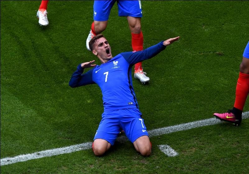 Ce geste a été fait il y a quelques mois, par Antoine Griezmann, lorsqu'il a battu le Real Madrid. Que signifie-t-il ?