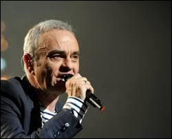 """Ce chanteur né, dans le Sud, à Toulouse est connu pour """"Macumba"""". Qui est-il ?"""