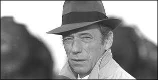Cet homme est né à Toscane en 1921. Il a été l'époux de Simone Signoret. Cet homme est...