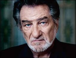 De mon vrai nom Claude Moine, je suis né en 1942. Quel est mon nom de scène ?