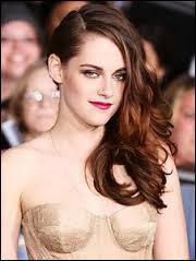 Quel est le deuxième nom de Kristen Stewart, actrice qui joue le rôle de Bella ?