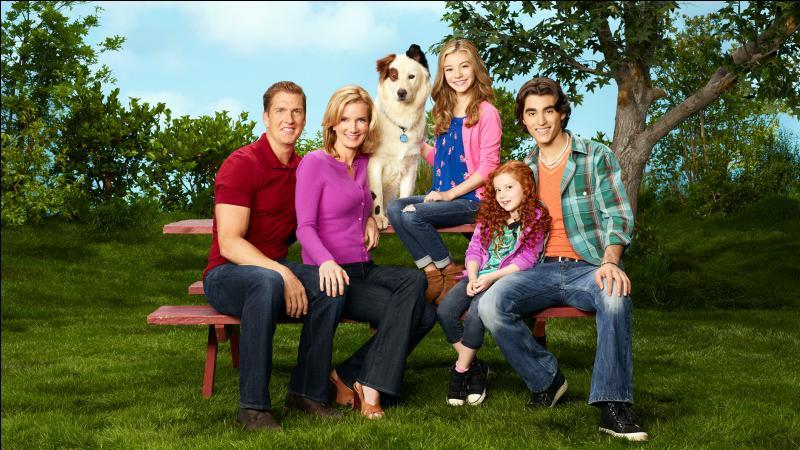 """Dans """"Doggyblog"""", Stan, le chien, tombe amoureux d'une chienne; qui est-elle ?"""