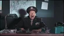 D'après le général Paxton, combien y a-t-il de 'guignols' ?