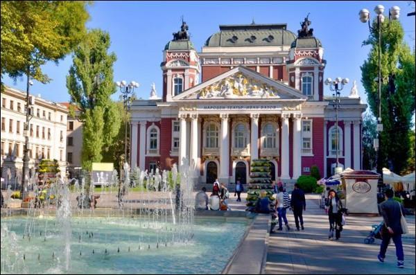 Comment nomme-t-on les habitants de la ville de Sofia ?