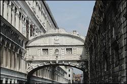 Comment appelle-t-on ce pont de Venise ?