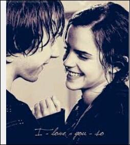 Où s'embrassent pour la première fois Hermione et Ron ?