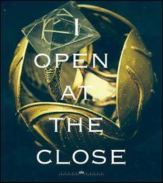 Comment Harry arrive-t-il à ouvrir le Vif d'Or qui contient la Pierre de Résurrection ?