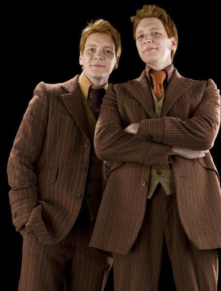 Lequel des jumeaux Weasley est mort à la Bataille ?