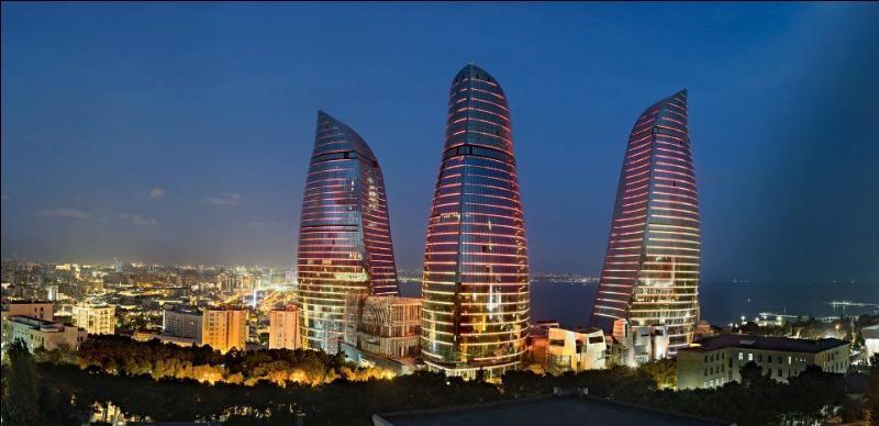 Dans quel pays se situe Bakou ?