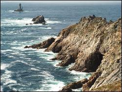 Dernières terres avant l'océan, cette pointe rocheuse est située :