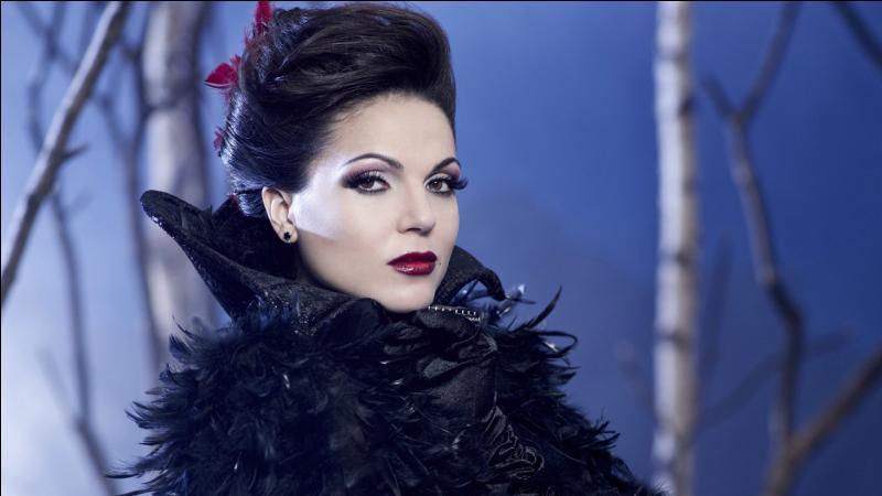"""Quelles sont les personnes que Regina Mills déteste le plus dans la série """"Once Upon a Time"""", saison 1 ?"""