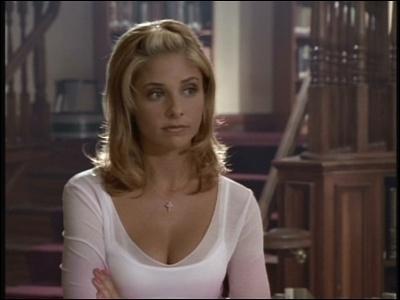 A quelles conditions Buffy peut-elle retourner au lycée Sunnydale ?