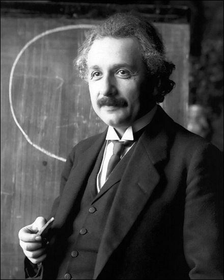 Quelle nationalité Albert Einstein n'a-t-il jamais eu ?