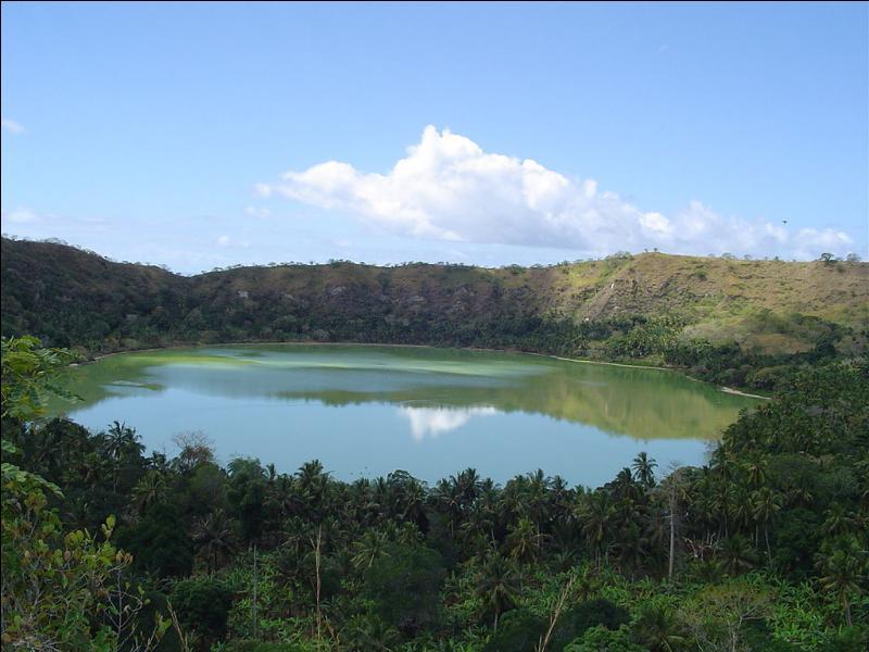 Mayotte est le 101e département français.