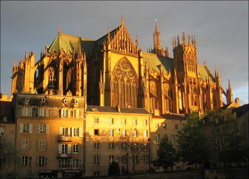 Quelle est la préfecture de la Moselle (57) ?
