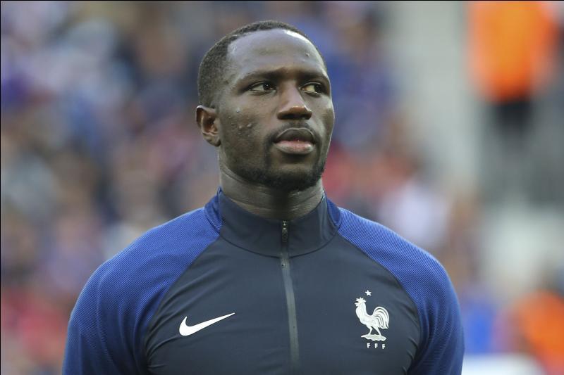 Comment se nomme ce joueur qui aura agréablement surpris tout le monde lors de cet Euro 2016 grâce à sa vitesse et sa percussion dans le jeu ?