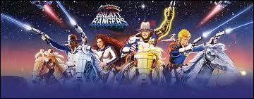 Grâce à quel objet les Galaxy Rangers activent-ils leurs implants bioniques ?