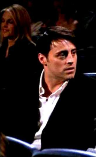 Saison 8 : Qui Joey emmène-t-il à la première de son film ?