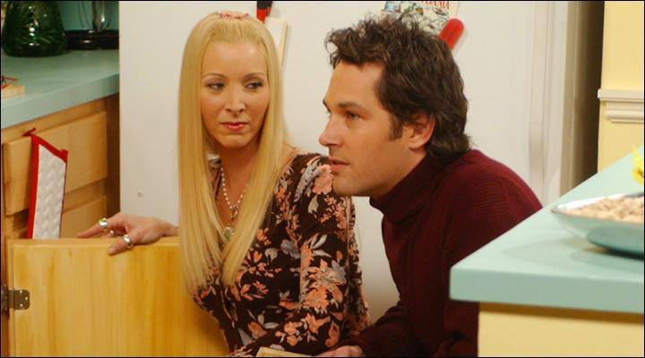 Saison 9 : Phoebe apprend à Mike qu'elle élève un...