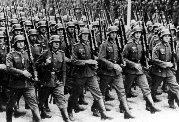 Qu'est-ce qui déclenche la Seconde Guerre mondiale ?