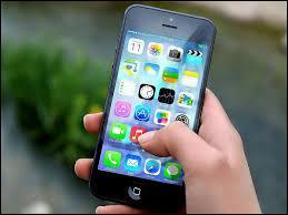 Vous souhaitez acheter un téléphone portable, quel modèle choisissez-vous ?