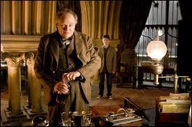 Quelle matière Horace Slughorn va-t-il enseigner à Poudlard ?
