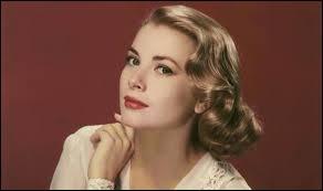 Quel métier exerçait Grace Kelly avant de devenir princesse de Monaco en 1956 ?