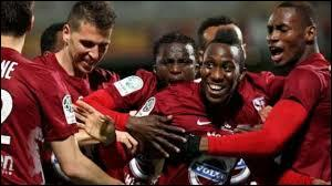 Entre sa dernière saison en Ligue 1 et la montée cette année, combien d'années a passé Metz en Ligue 2 ?