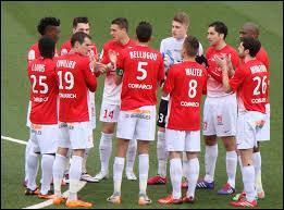 À quelle place a terminé Nancy en Ligue 2 la saison dernière ?