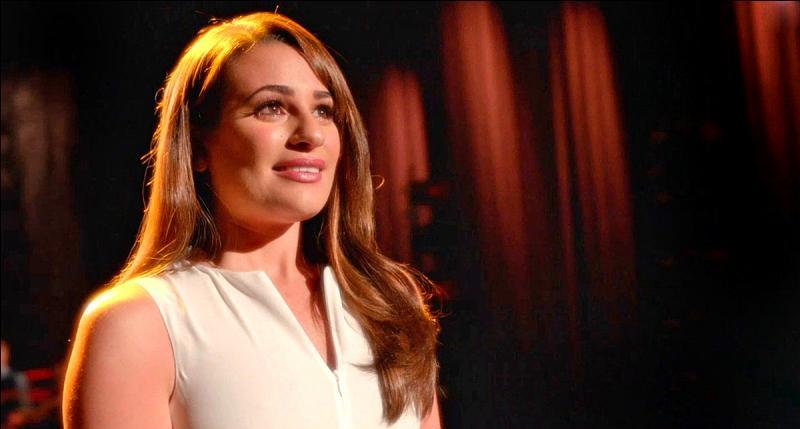 """Qui a écrit la chanson """"This Time"""" qu'interprète Rachel, dans la saison 6 ?"""