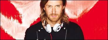 Lors de l'Euro 2016, qui chantait en duo avec David Guetta ?